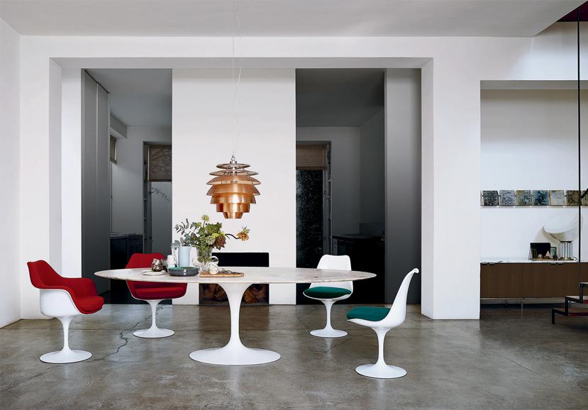 Saarinen Tulip table and chairs